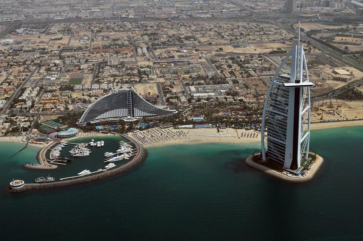 DSC_8048.jpg Полёт на вертолёте над Дубаем